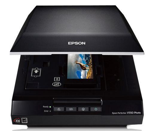 3. Escáner fotográfico Epson Perfection V550